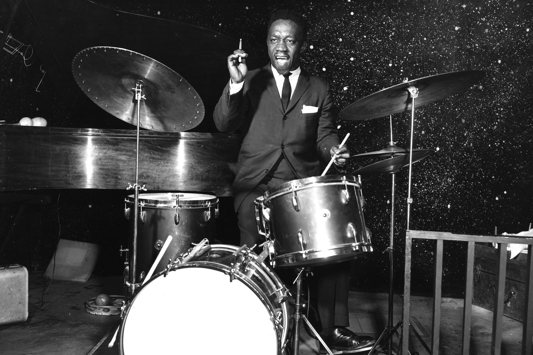 Hear Art Blakey and the Jazz Messengers' Hard-Swinging, Previously Unreleased 'Quick Trick' - EpicNews