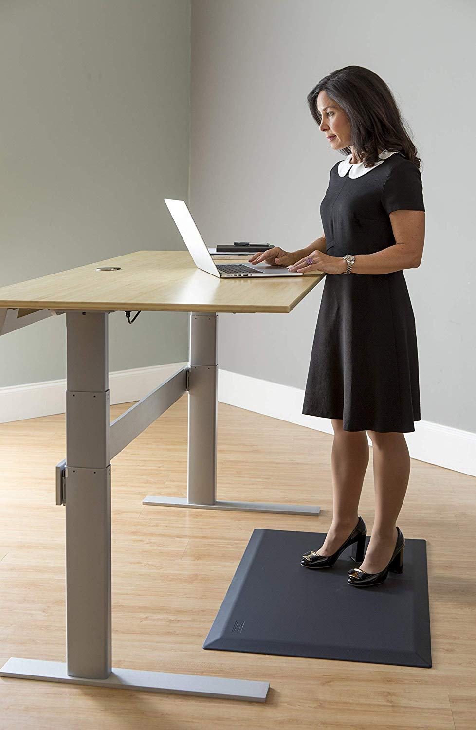 CumulusPRO Commercial Couture StrataSlate Comfort Mat