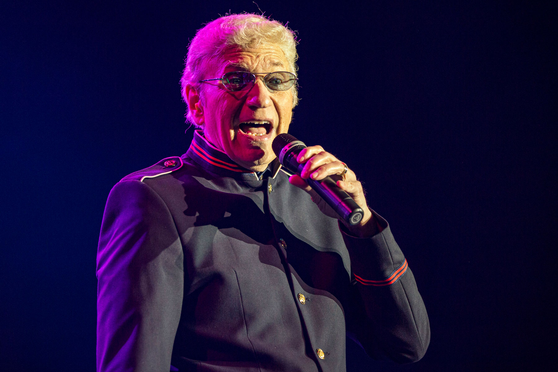 Dennis DeYoung: 'Styx Should Do One Last Tour for the Fans' - EpicNews