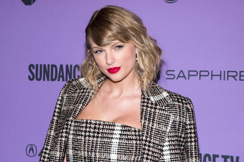 Taylor Swift Donates $1 Million to Nashville Tornado Relief