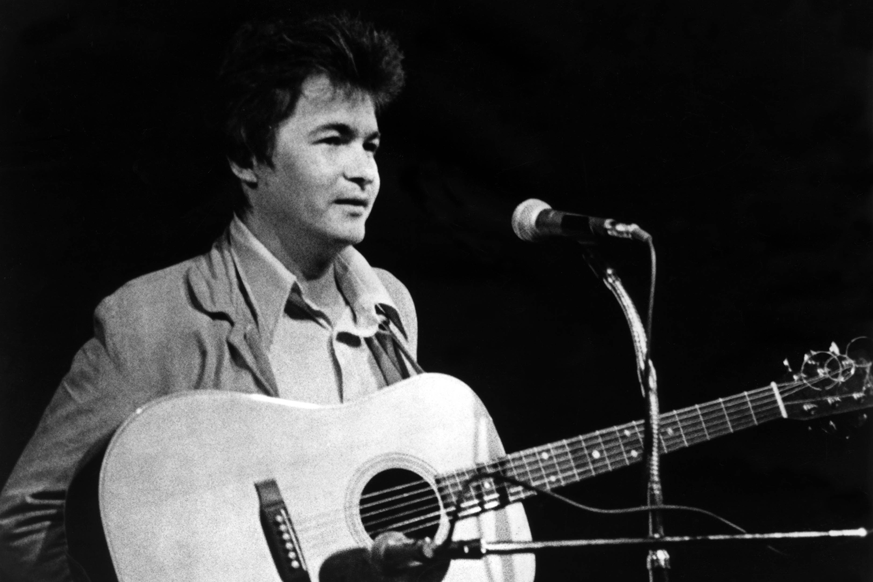John Prine, One of America's Greatest Songwriters, Dead at 73 ...
