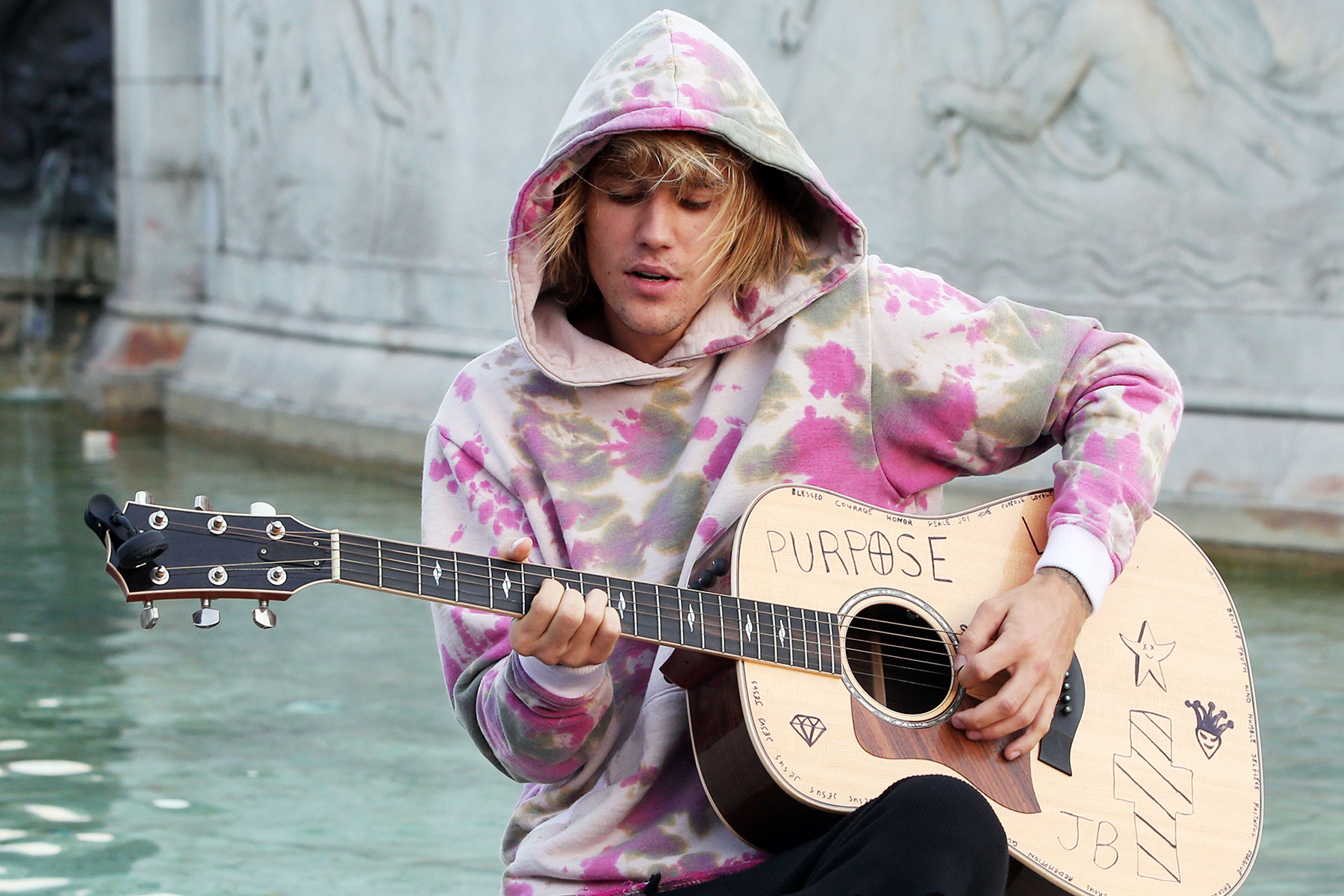 Justin Bieber Drops Acoustic Version of 'Intentions' - EpicNews