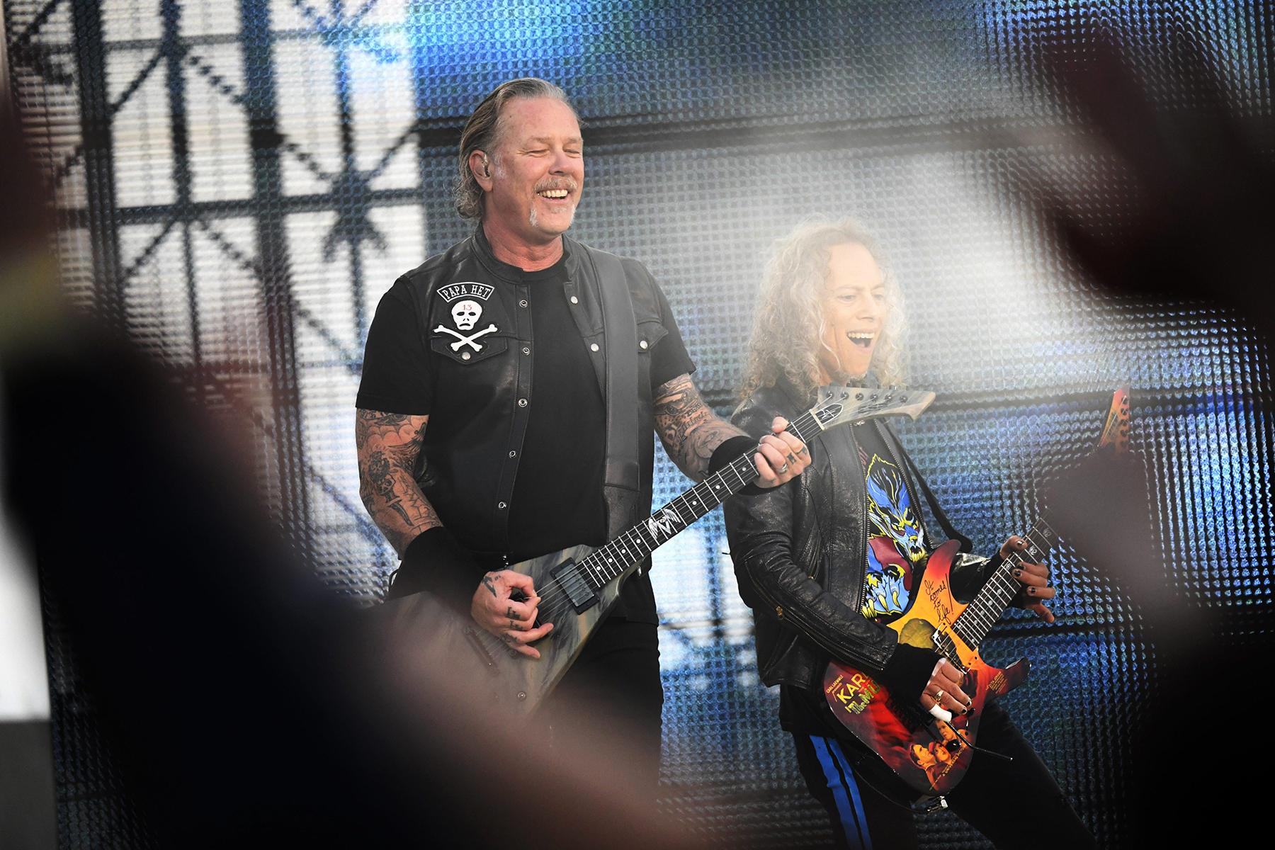 Resultado de imagen de The Metallica Vinyl Club.