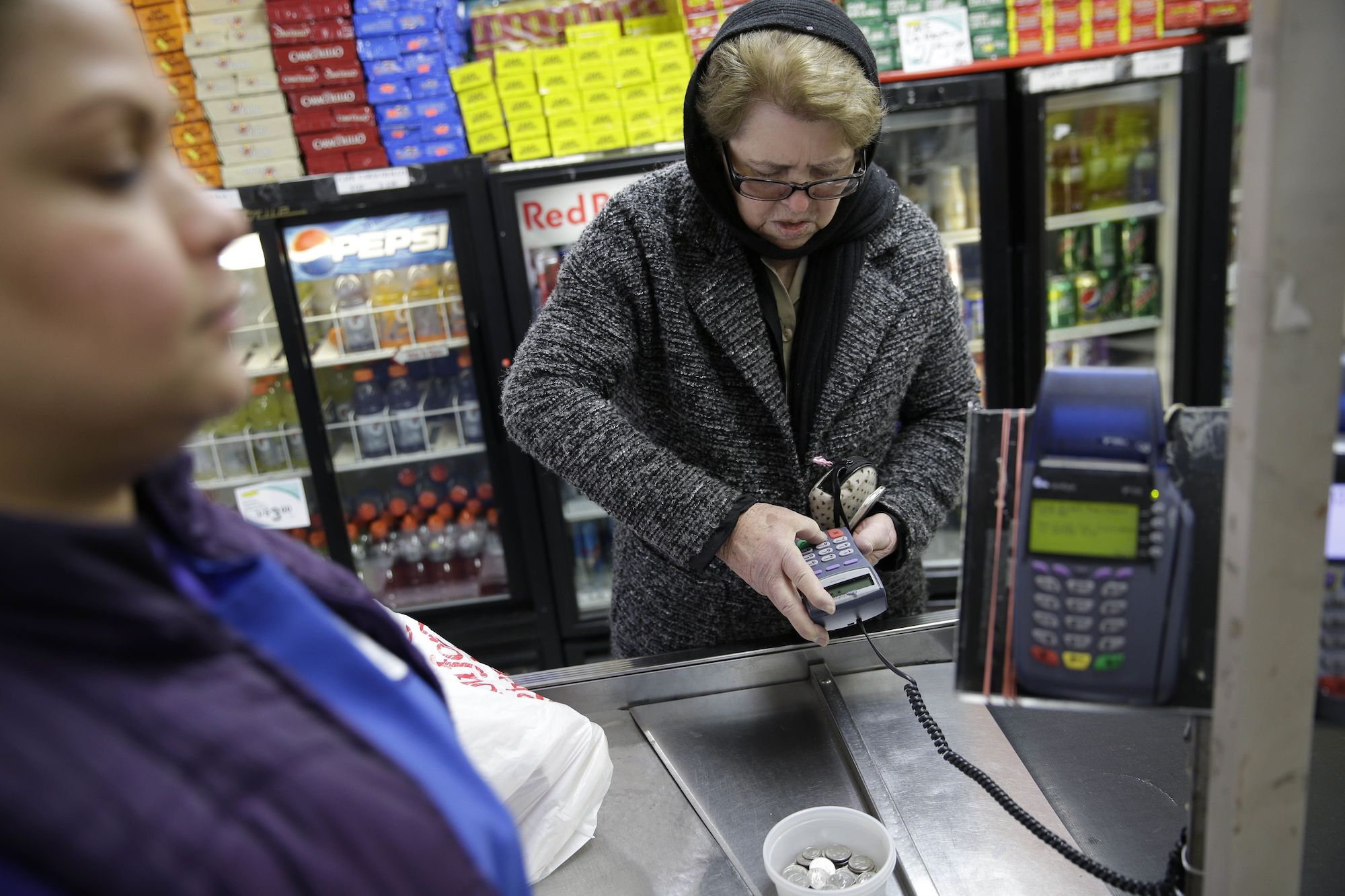 Trump Pushes to Knock Hundreds of Thousands off Food Stamps While COVID-19 Death Toll Rises