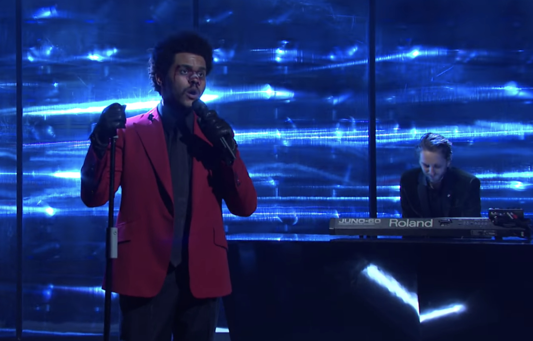 See the Weeknd Debut New Song 'Scared to Live' With Oneohtrix Point Never on 'SNL' - Rolling Stone