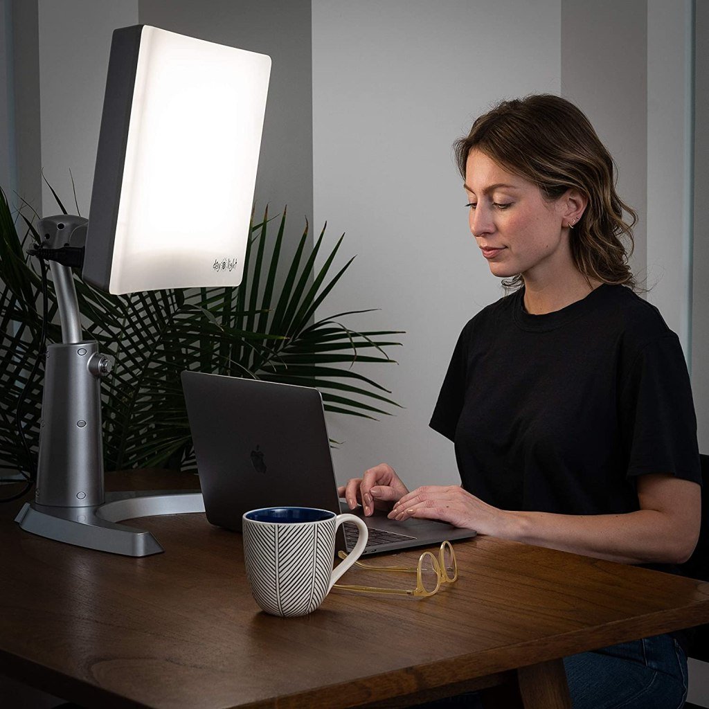 light therapy lamp desk