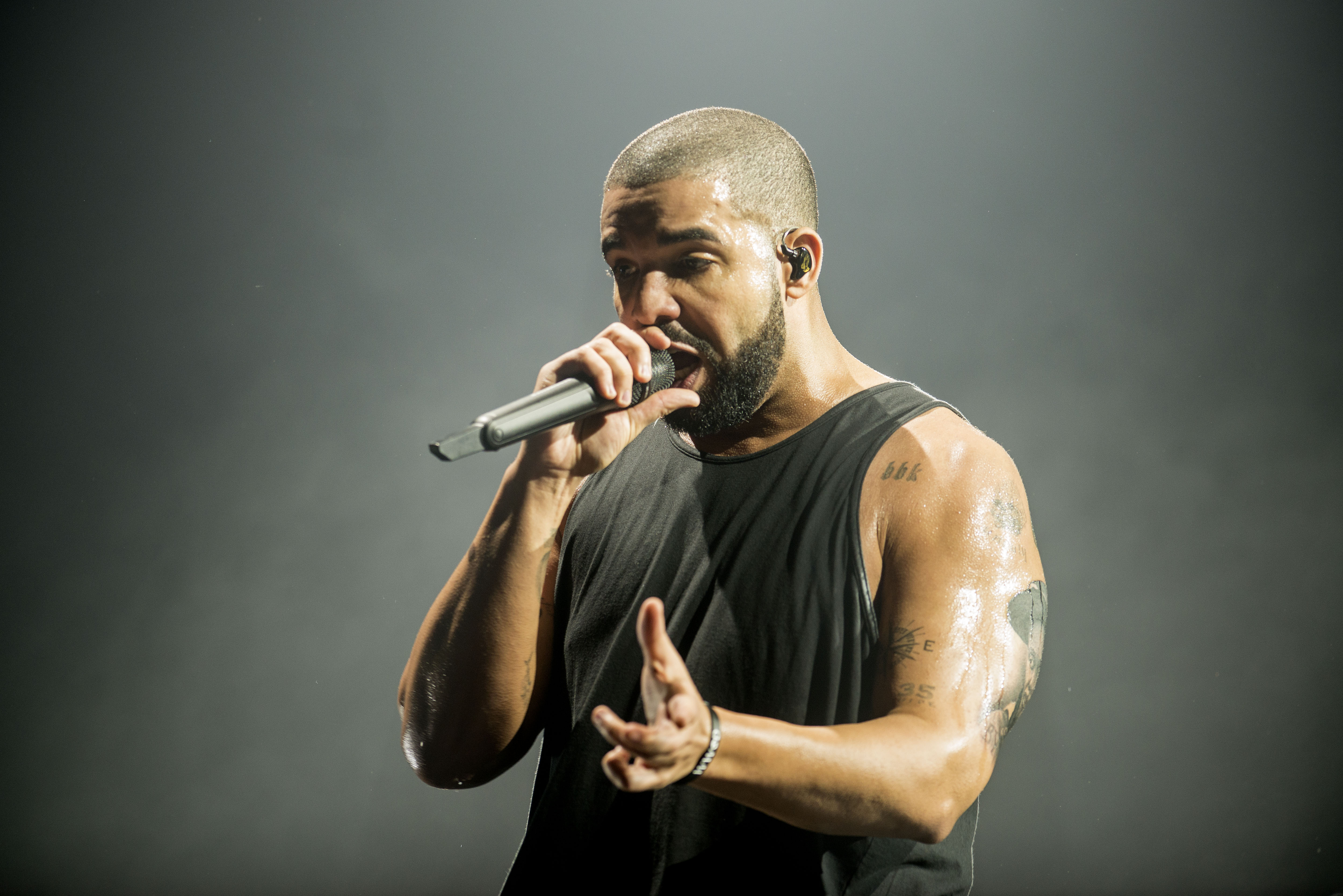 Photo of Hear Drake's New Viral Dance Song 'Toosie Slide' | Rolling Stone
