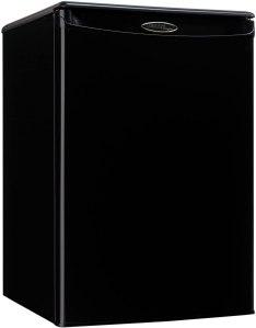 danby compact refrigerator black