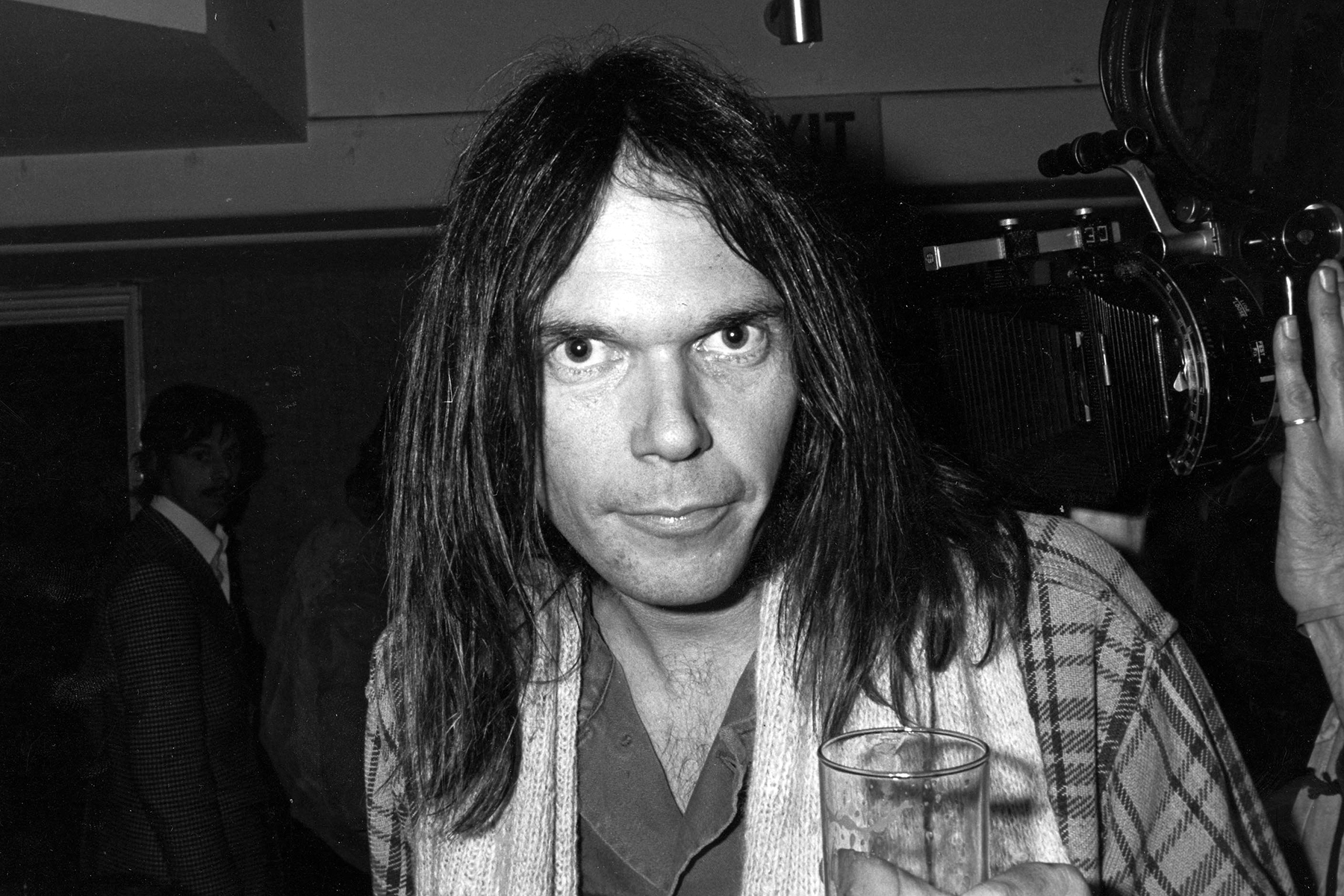 neil-young-80s.jpg