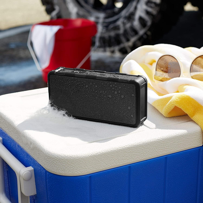 Amazon Basics Portable Outdoor IPX5 Waterproof Bluetooth Speaker