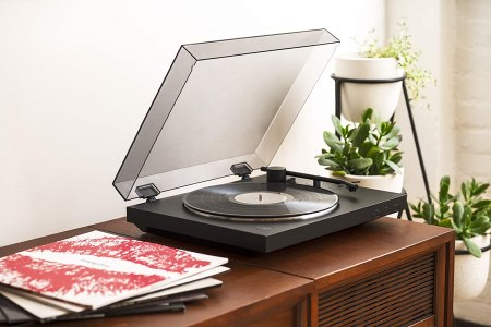Best Turntables Under 350 Affordable Record Players Reviewed 2020 Rolling Stone