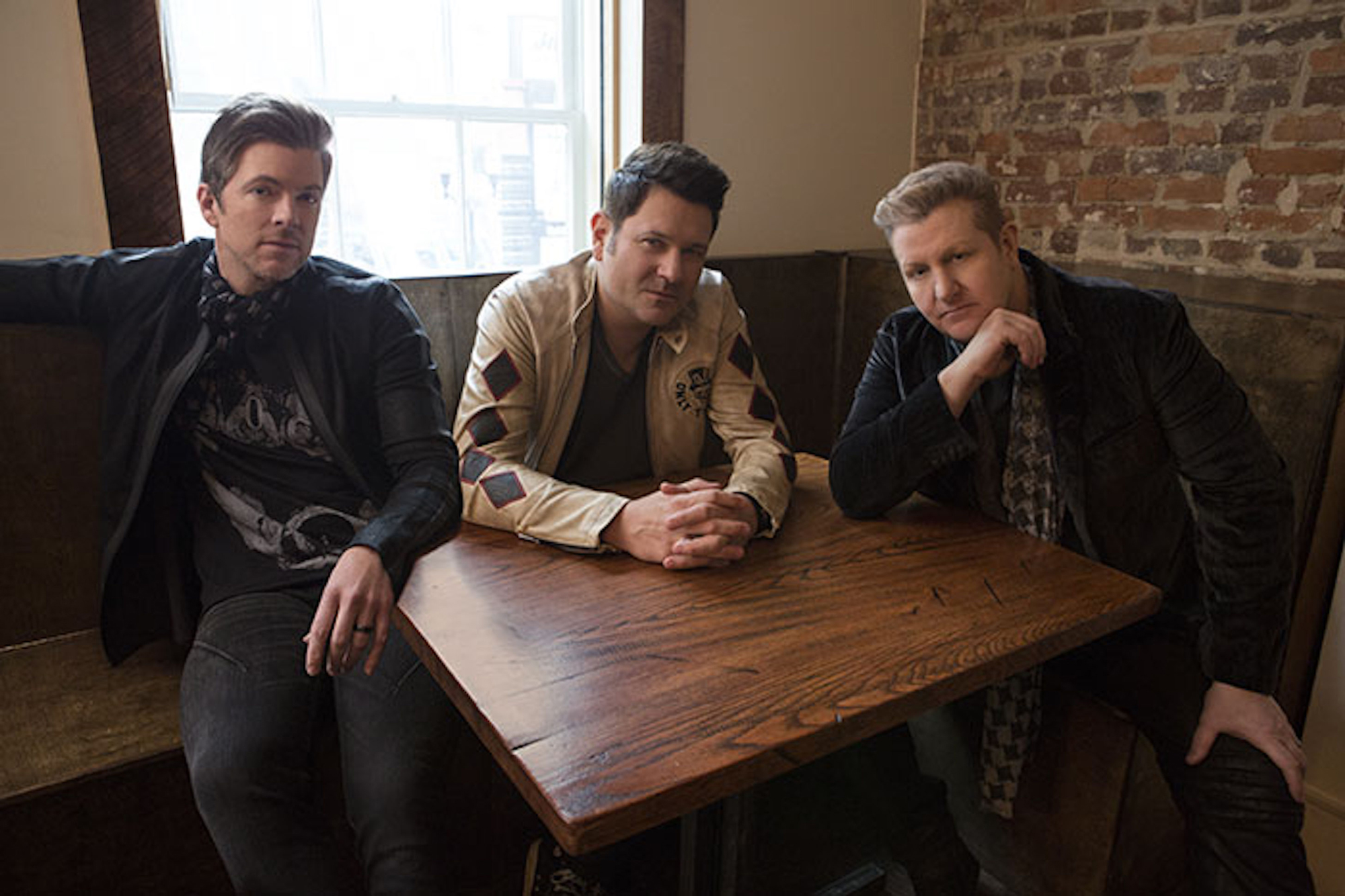 Rascal Flatts Pay Tribute to Kenny Rogers With Cover of 'Through the Years' - Rolling Stone