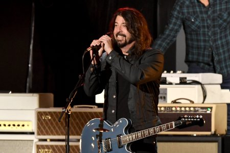 Foo Fighters Dave Grohl Envisions Return Of Live Music In Op Ed