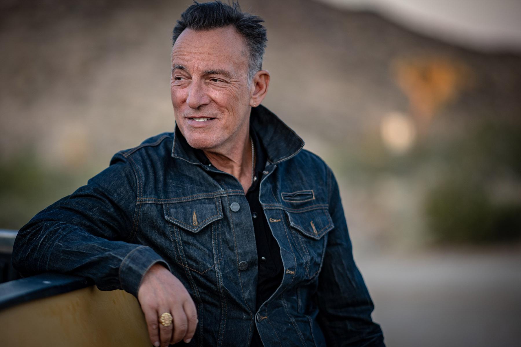 Bruce Springsteen Prays for Grief-Stricken U.S., Blasts Donald Trump -  Rolling Stone