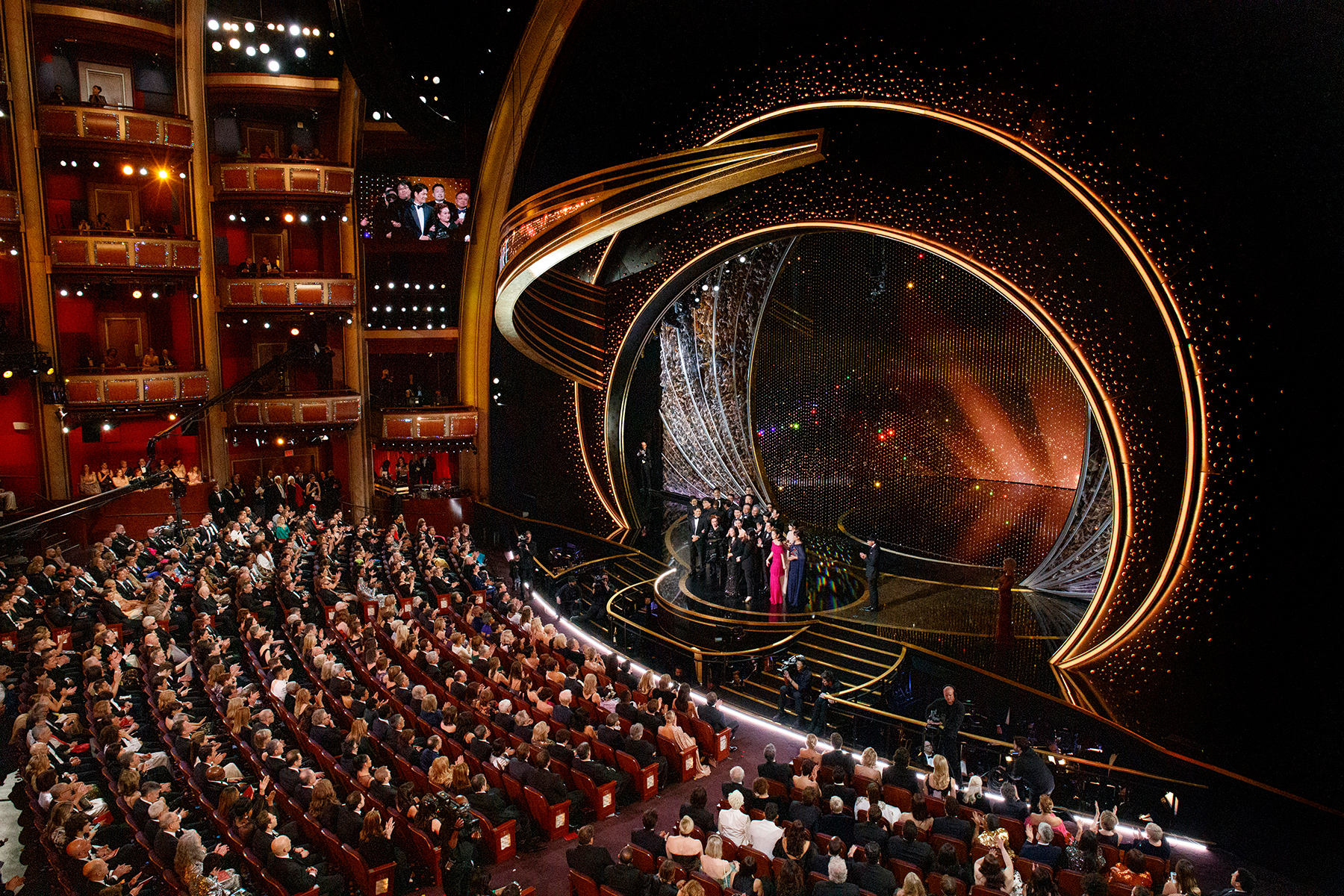 THE OSCARS® - The 92nd Oscars® broadcasts live on Sunday, Feb. 9,2020 at the Dolby Theatre® at Hollywood & Highland Center® in Hollywood and will be televised live on The ABC Television Network at 8:00 p.m. EST/5:00 p.m. PST. (ABC/ARTURO HOLMES)CAST AND CREW OF PARASITE