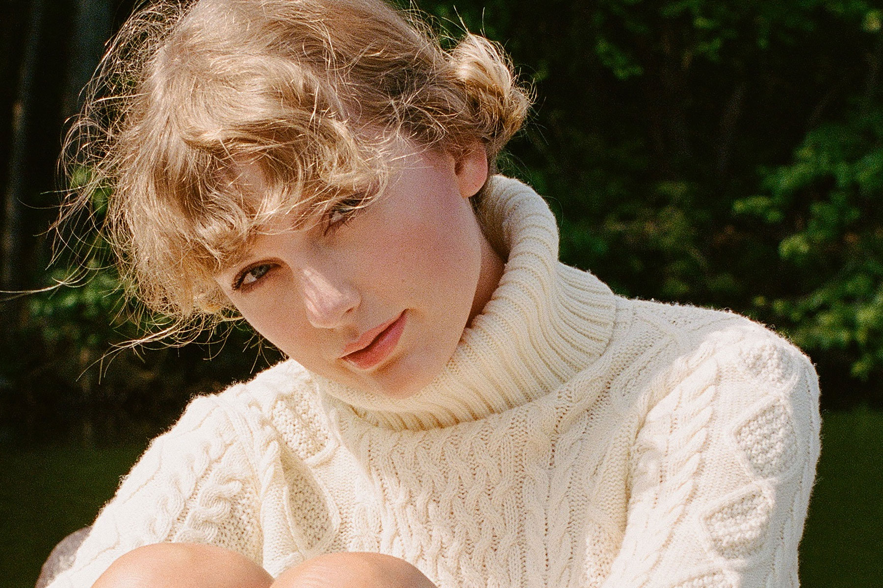 Taylor Swift Dropped an Album. Now She's Going to Sell Cardigans - Rolling Stone