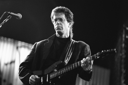 AMSTERDAM, NETHERLANDS - JUNE 18TH: American musician Lou Reed performs live on stage at Carré in Amsterdam, Netherlands on 18th June 1989. (photo by Frans Schellekens/Redferns)