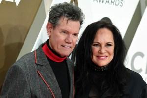 Randy Travis, Mary Travis