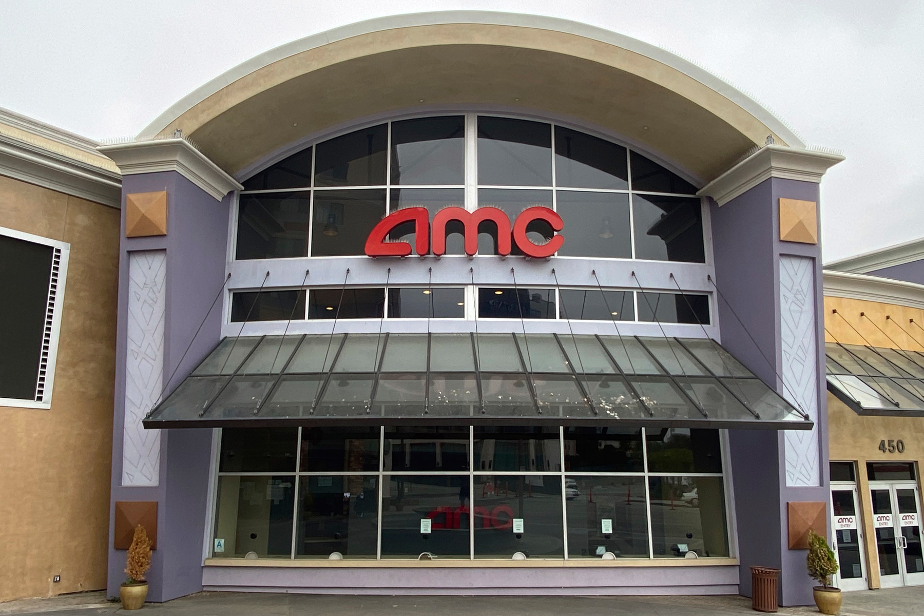 AMC Theaters Set 15 Cent Ticket Prices for First Day of Covid-Era Reopening