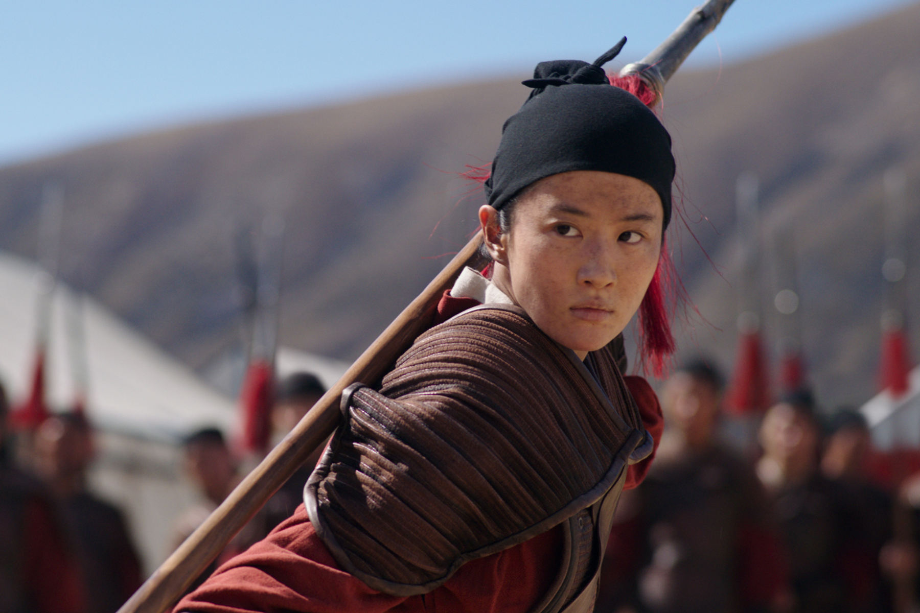 Mulan' Review: Disney's Live-Action Remake Is Shrewd But Not Sharp - Rolling Stone