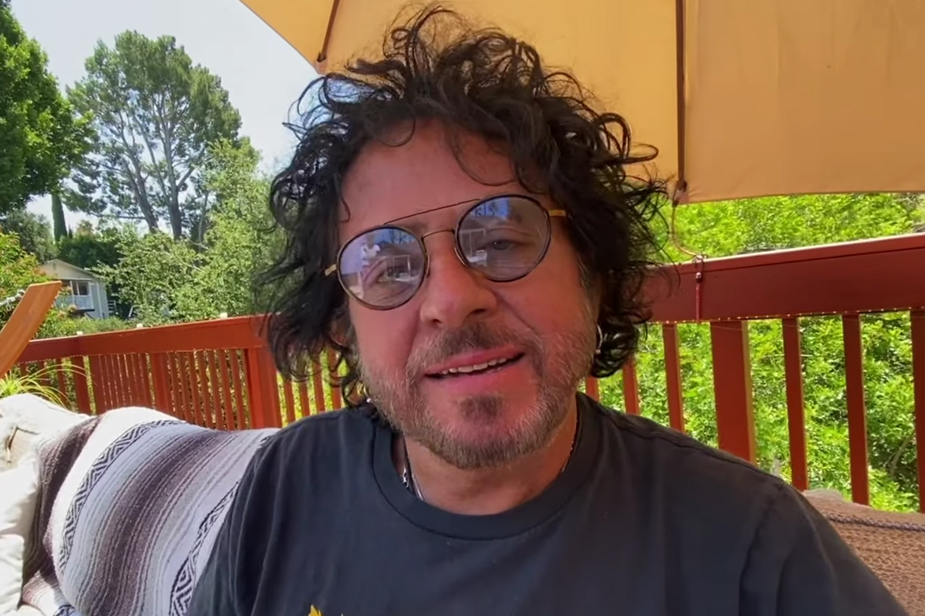 Toto's Steve Lukather Releases New Collaboration With Ringo Starr