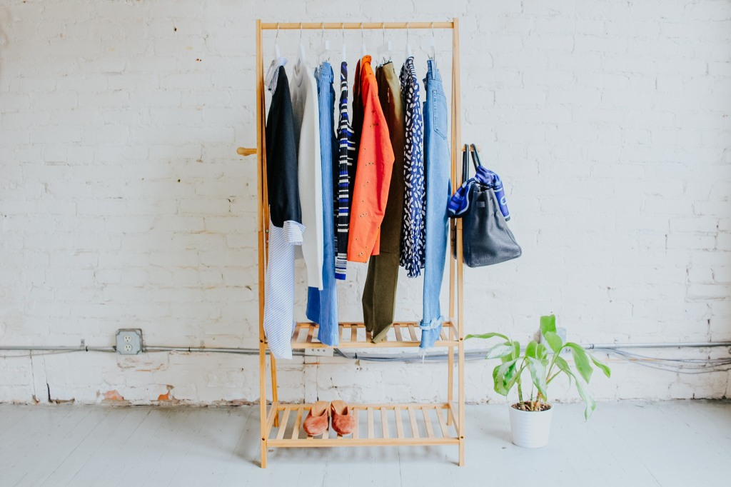 Best Clothing Subscription Services - Armoire Style