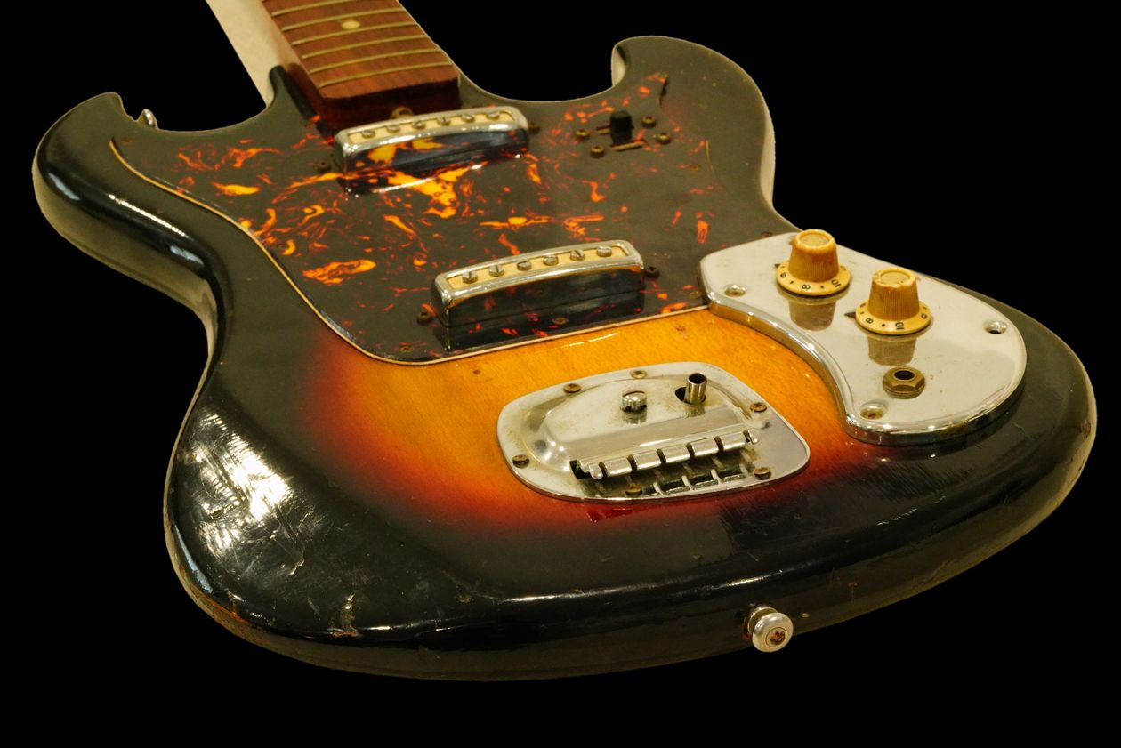 Jimi Hendrix's Early Sixties Guitar Sells for $216,000 at Auction - Rolling Stone