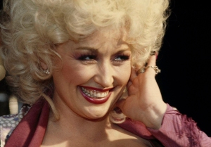Dolly Parton Sings 'I Will Always Love You' for Porter Wagoner on New DVD Box Set