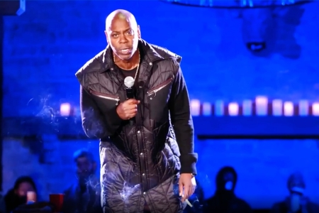 watch dave chappelle s fiery emmys acceptance speech rolling stone watch dave chappelle s fiery emmys