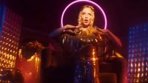 Kylie Minogue Hits the Dance Floor in 'Magic' Video
