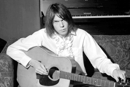 UNITED KINGDOM - JANUARY 01: Photo of NEIL YOUNG; NEIL YOUNG (Photo by Dick Barnatt/Redferns)