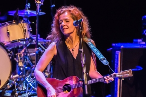 Neko Case Announces Pair of Outdoor Concerts in New England
