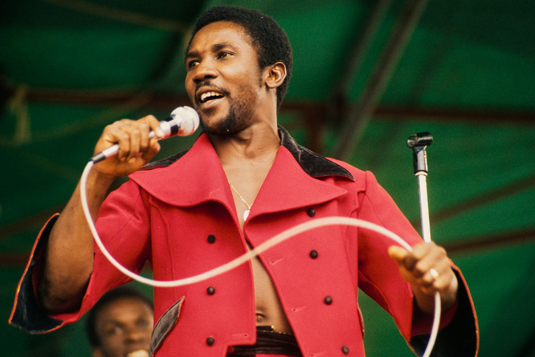 Toots Hibbert, Reggae Pioneer Who Infused Genre With Soul, Dead at 77 thumbnail