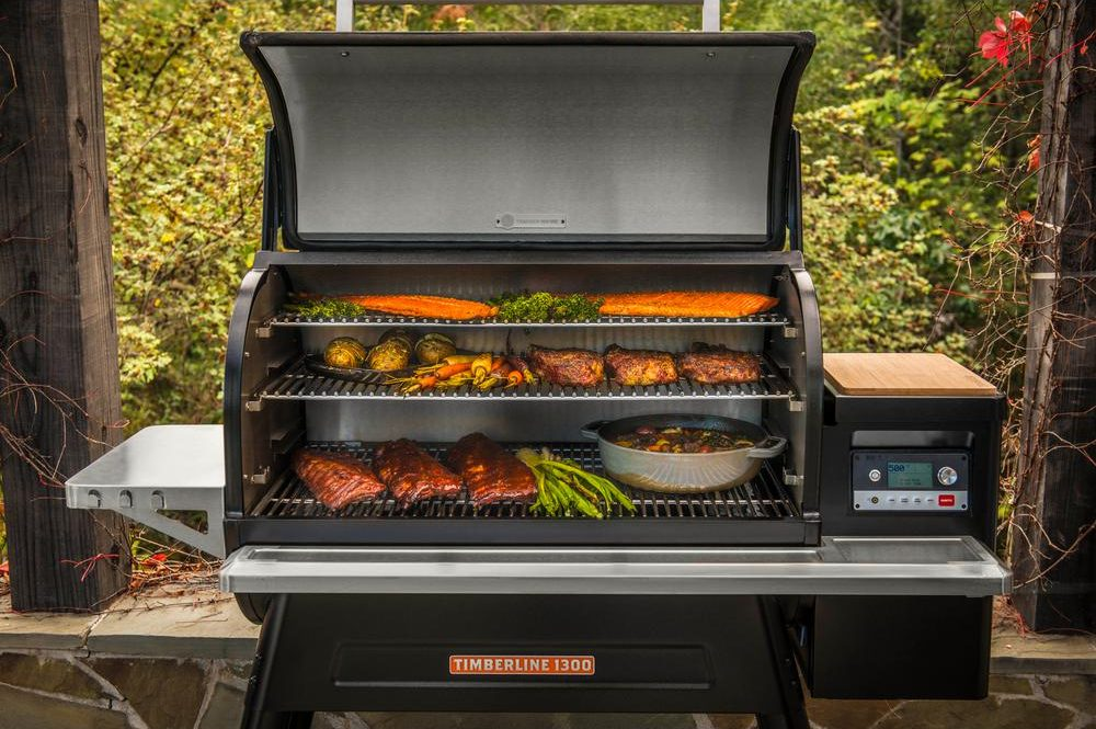 large Pellet grill traeger timberline