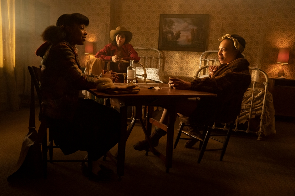 """FARGO -- """"The Birthplace of Civilization"""" - Year 4, Episode 5  (Airs October 18)  Pictured: E'myri Crutchfield as Ethelrida Pearl Smutny, Kelsey Asbille as Swanee Capps, Karen Aldridge as Zelmare Roulette. CR: Elizabeth Morris/FX"""