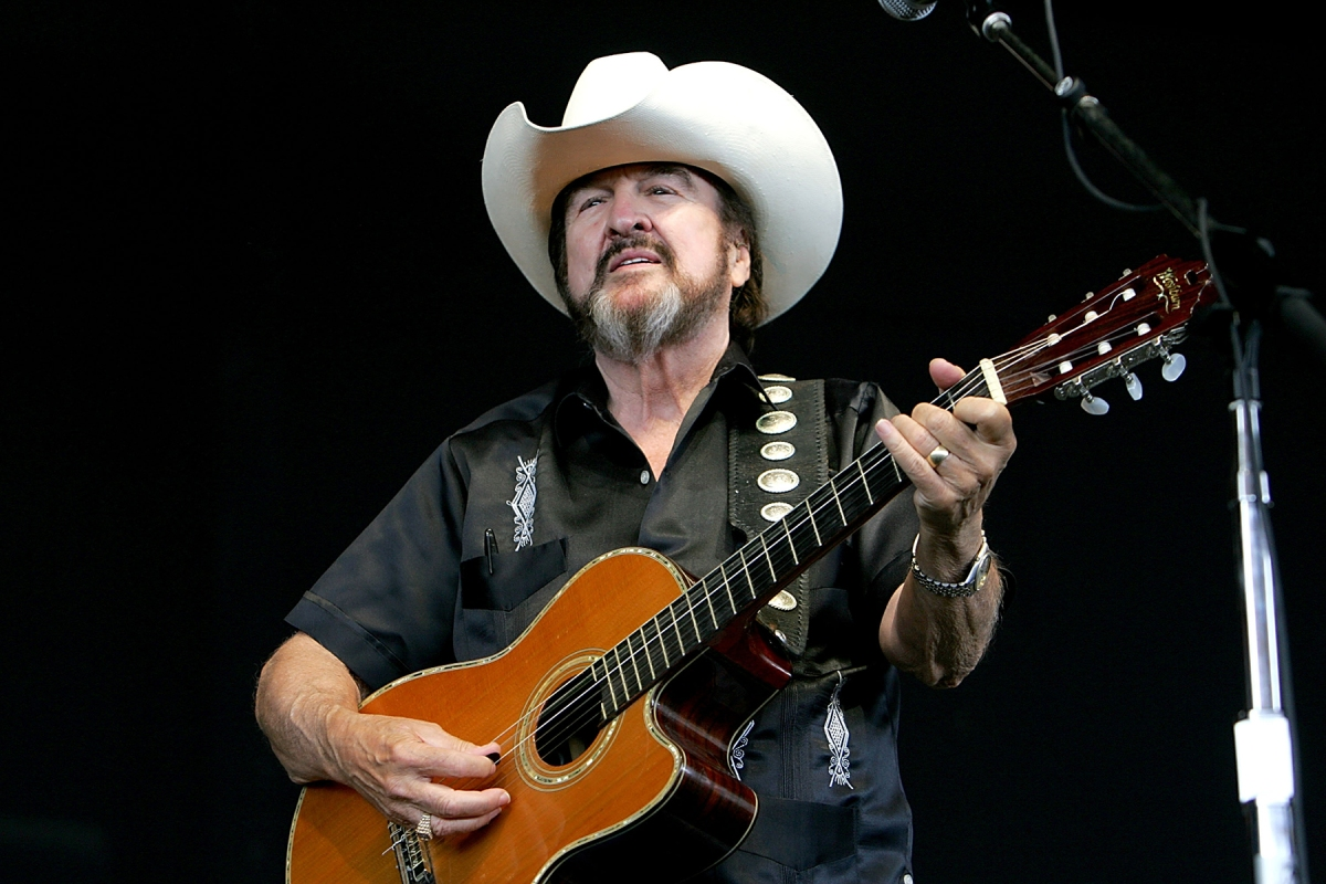 Johnny Bush, compositor de 'Whiskey River' y cantante de country de Texas, muere a los 85 años