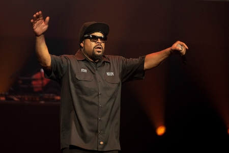 SAN JOSE, CA - SEPTEMBER 14: Ice Cube performs during the 'Kings of the West' tour, SAP 25th Anniversary Festival Weekend, at SAP Center on September 14, 2019, in San Jose, California. Photo: imageSPACE/MediaPunch /IPX