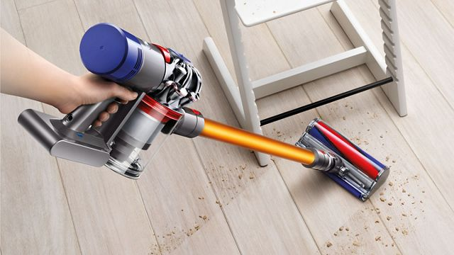 dyson v8 absolute black friday