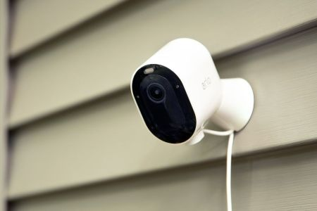 Best Battery Powered Security Cameras 2020 Arlo Blink Ring Rolling Stone