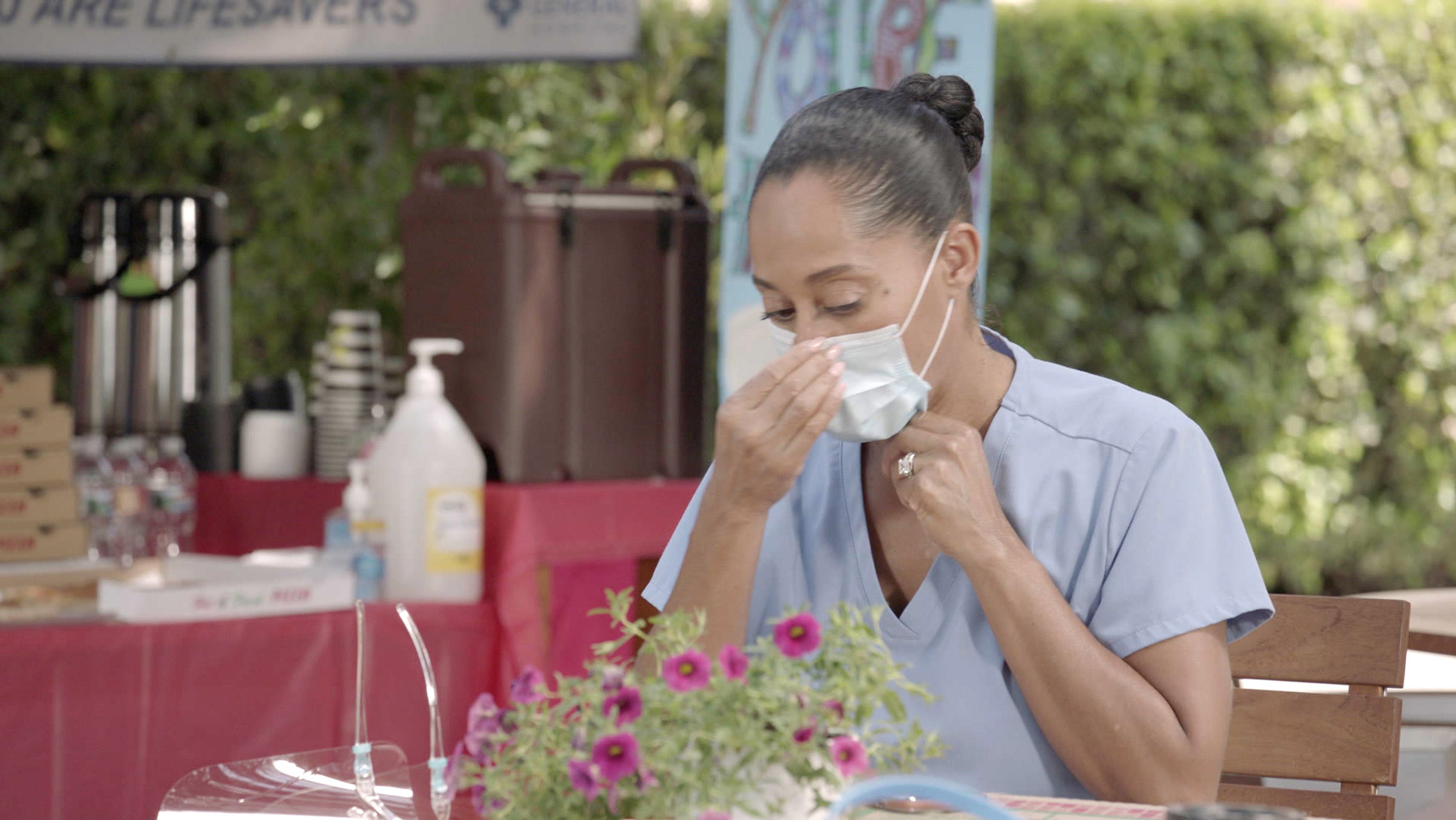 """BLACK-ISH - """"Hero Pizza"""" - The season premiere of """"black-ish"""" takes us to the beginning of the global pandemic for the Johnsons. As a first responder, Bow receives her family's praise for her work, with Junior being her biggest fan. But over time, the family loses their enthusiasm, and Bow discovers someone in her house is breaking the quarantine lockdown rules. Meanwhile, Dre tries to convince everyone that he too is an essential worker, WEDNESDAY, OCT. 21 (9:30-10:00 p.m. EDT), on ABC.(ABC)TRACEE ELLIS ROSS"""