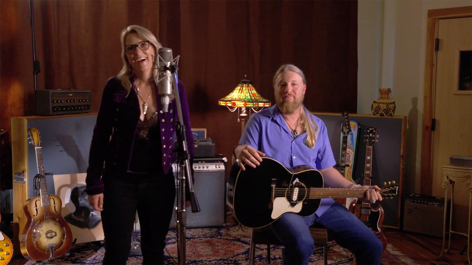 Watch Billy Gibbons Jam With Derek Trucks and Susan Tedeschi for Guitar Legends 4