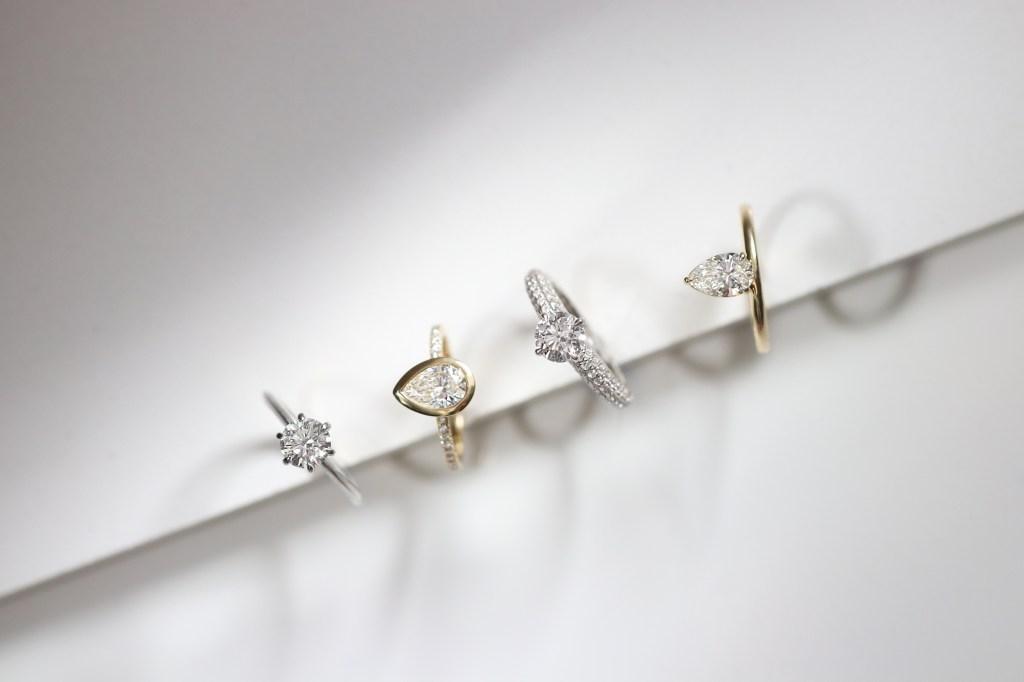 VRAI engagement rings