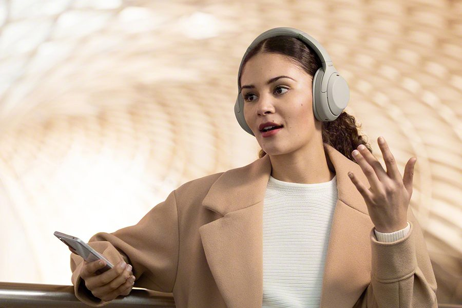 noise cancelling headphones sony WH