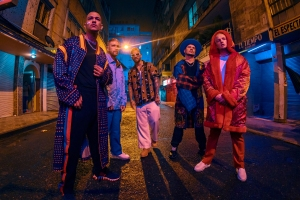 Piso 21, Maluma Drop Video for 'Más De La Una'