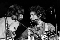 Flashback: George Harrison and Bob Dylan Sing 'If Not for You' at Concert for Bangladesh Rehearsals