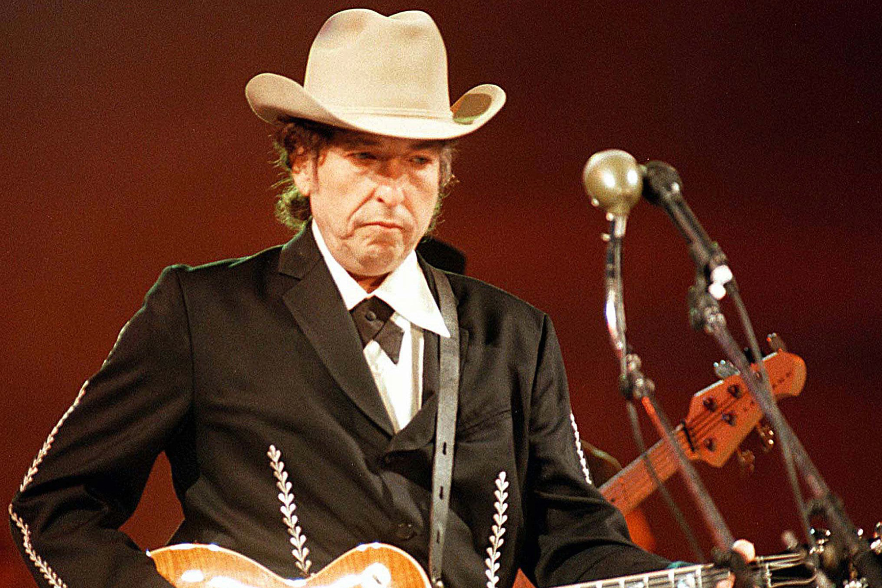 Universal's Bob Dylan Catalog Buy Is About Survival – Rolling Stone