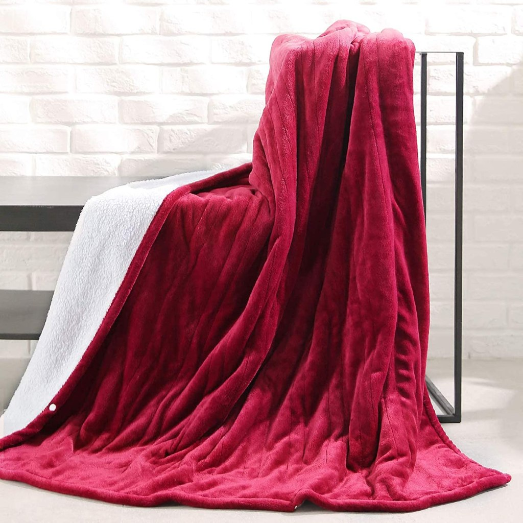 maxcare electric throw blanket