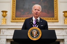 Biden to Increase Food Benefits, Push Faster Stimulus Payments With Executive Orders