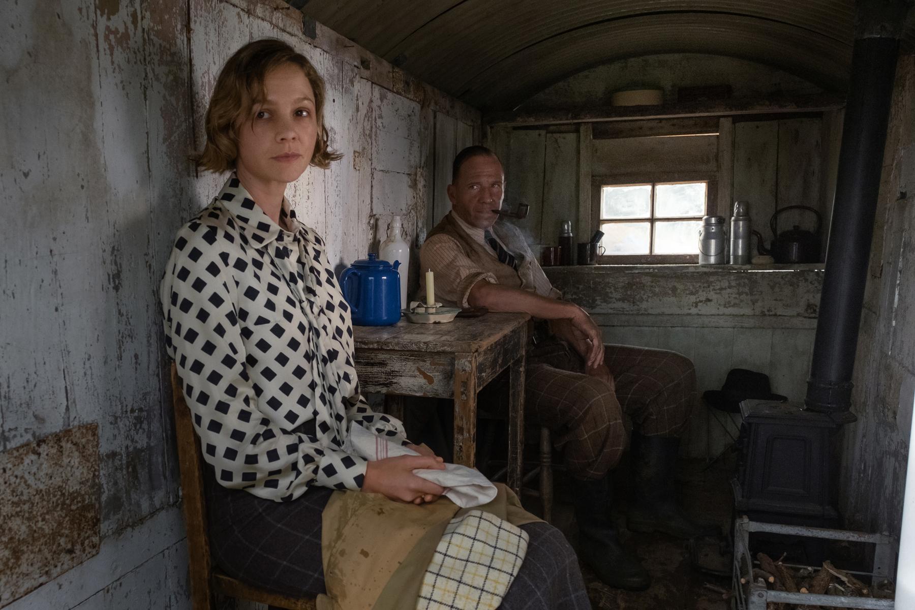 The Dig': Fiennes, Mulligan Excavate Stiff-Upper-Lip Costume Dramas -  Rolling Stone