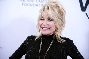 Dolly Parton Challenges Fans With a 'Call for Kindness' in Birthday Message
